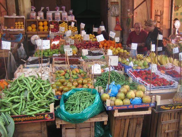Sizilien, alte Märkte, wenn Sie Lust haben machen wir gerne einmal mit Ihnen einen Ausflug dorthin, denn auch wir gehen dort gerne einkaufen