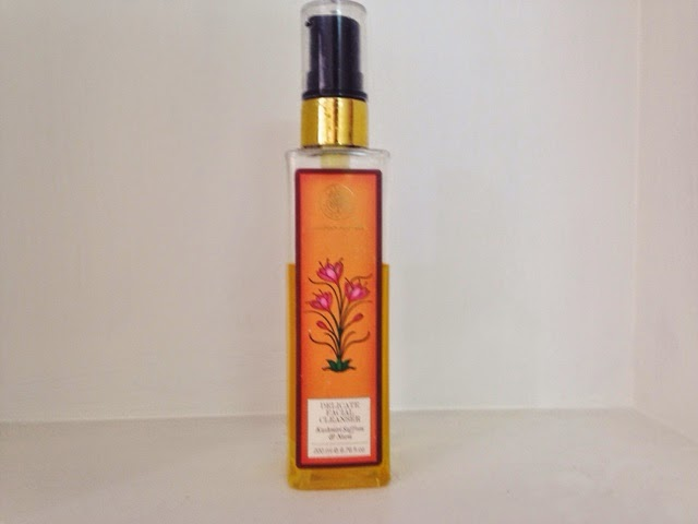 Forest essentials gentle facial cleanser Kashmiri Saffron and Neem