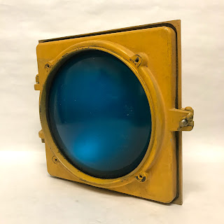Marbelite Modified Vintage Traffic Light