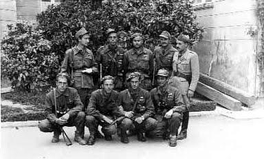 Crispi, Bastianelli, Minetti, Sgarzi, Penazzo. Il secondo in ginocchio da sinistra è Aldo Zoccola