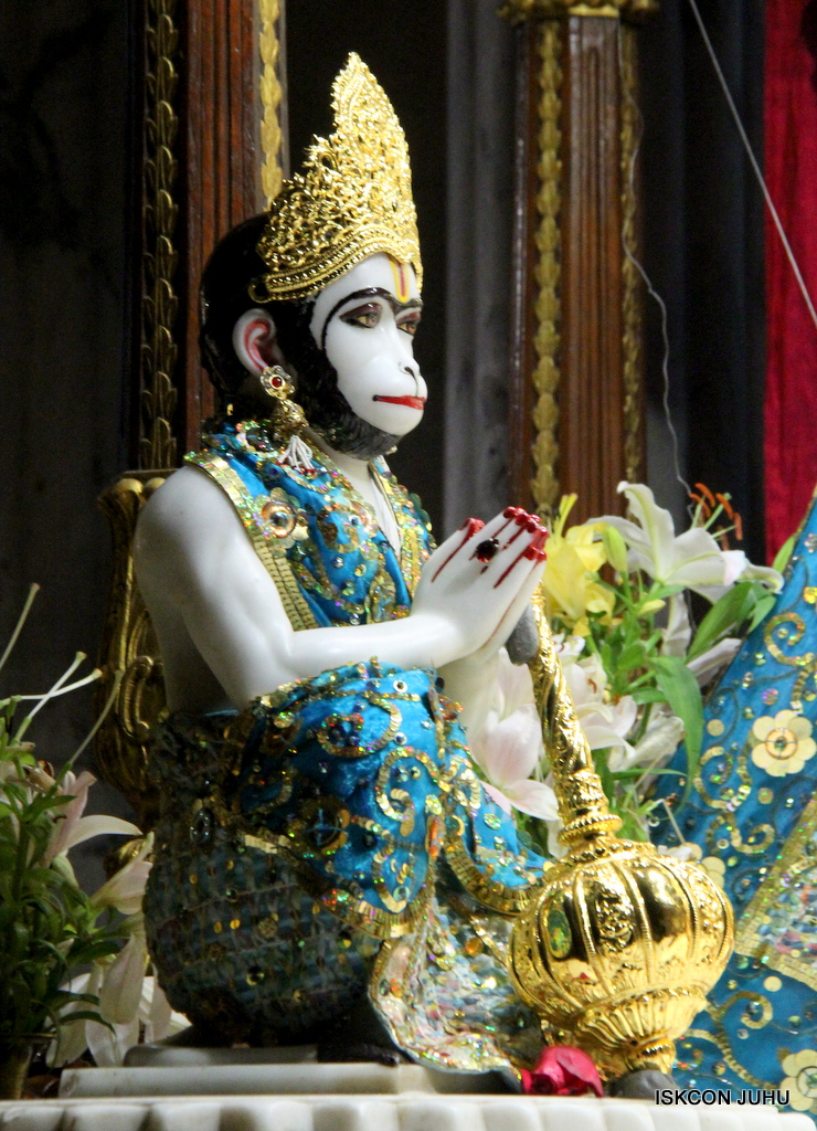 ISKCON Juhu Mangal Deity Darshan on 25th Oct 2016 (10)