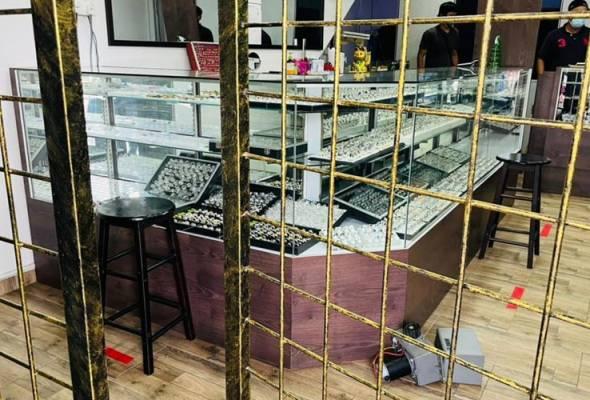 Tak sampai 6 jam, suspek rompak kedai emas di Alor Setar ditahan