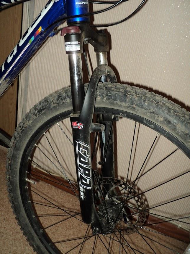 фотография амортизационной вилки RST Caoa ML на велосипеде Corratec Mayon