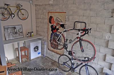 French Village Diaries cycling holidays Haute-Vienne Limousin Grange 87 Eyemoutiers Lac Vassivière