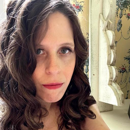 Carrie Mccoy Photo 15