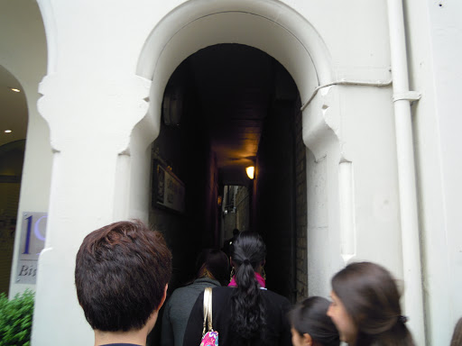 Catherine Wheel Alley, from the Jack the Ripper walking tour, one of the best walking tours in London