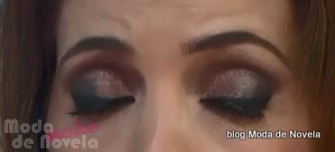 moda do programa Fantástico, maquiagem da Poliana Abritta dia 2 de novembro