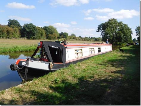 9 moored at aynho