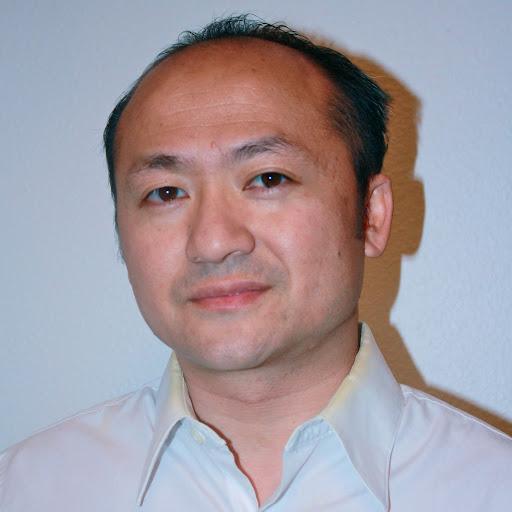 Daneng Xiong Photo 3