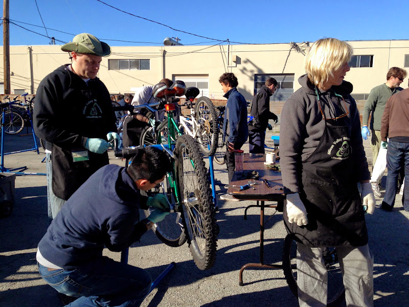 2013-01-12 Bike Exchange Workshop - 266006_10151347790804844_999198629_o.jpg