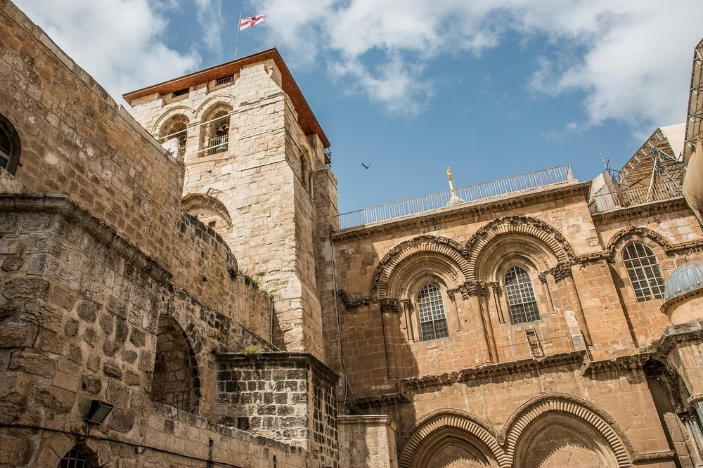 The Immovable Ladder of Jerusalem's Church of The Holy Sepulchre Immovable-ladder-072?imgmax=1600