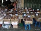 Bangkok - getrockener Fisch in verschiedensten Varianten