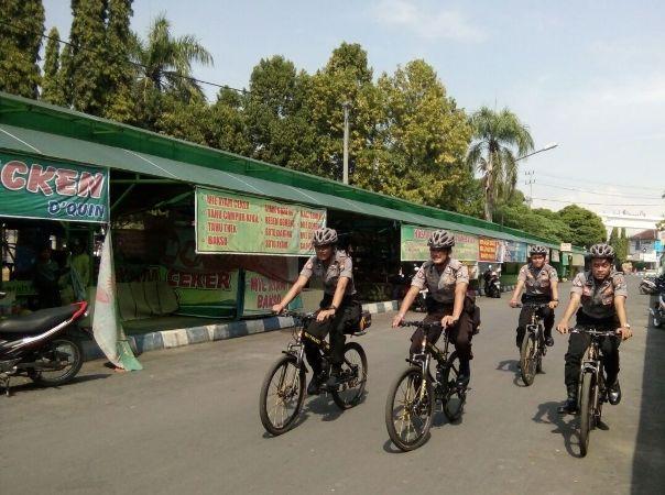 Polres Ngawi terjunkan patroli bersepeda guna beri rasa aman jelang lebaran