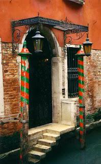 Where Freddy ties his gondola in Venice, Italy