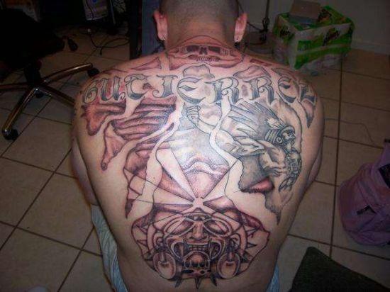 incrvel_volta_completa_asteca_guerreiro_tatuagem