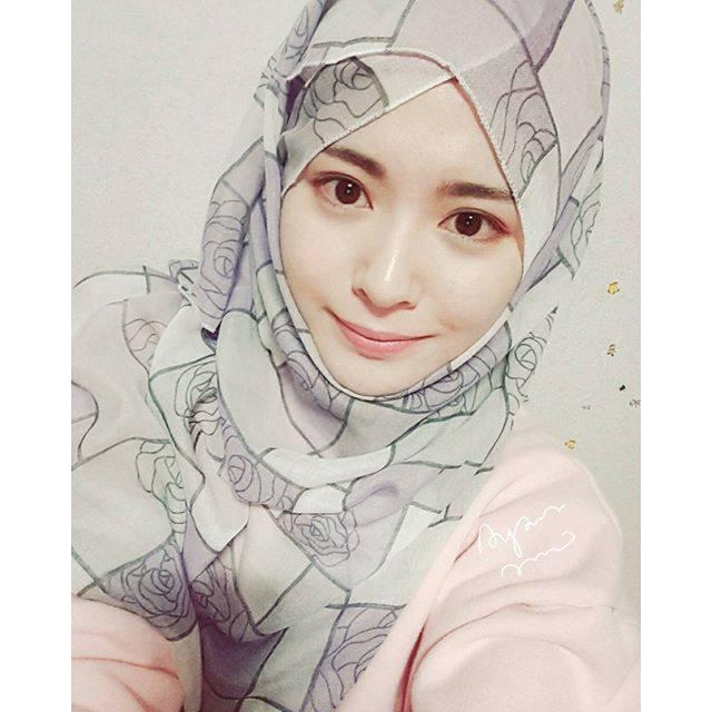 gadis seoul peluk islam.jpg
