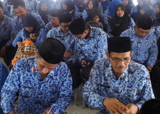 216 honorer K2 Kabupaten Ngawi secara resmi menjadi Pegawai Negeri Sipil (PNS)