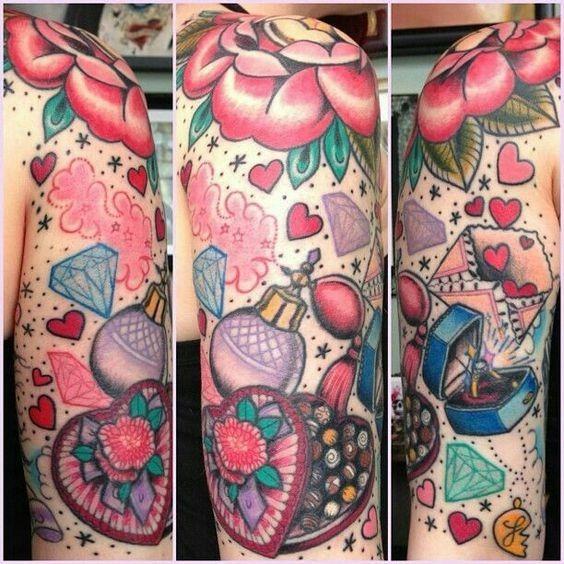 feminino_perfume_e_outras_coisas_manga_tatuagem