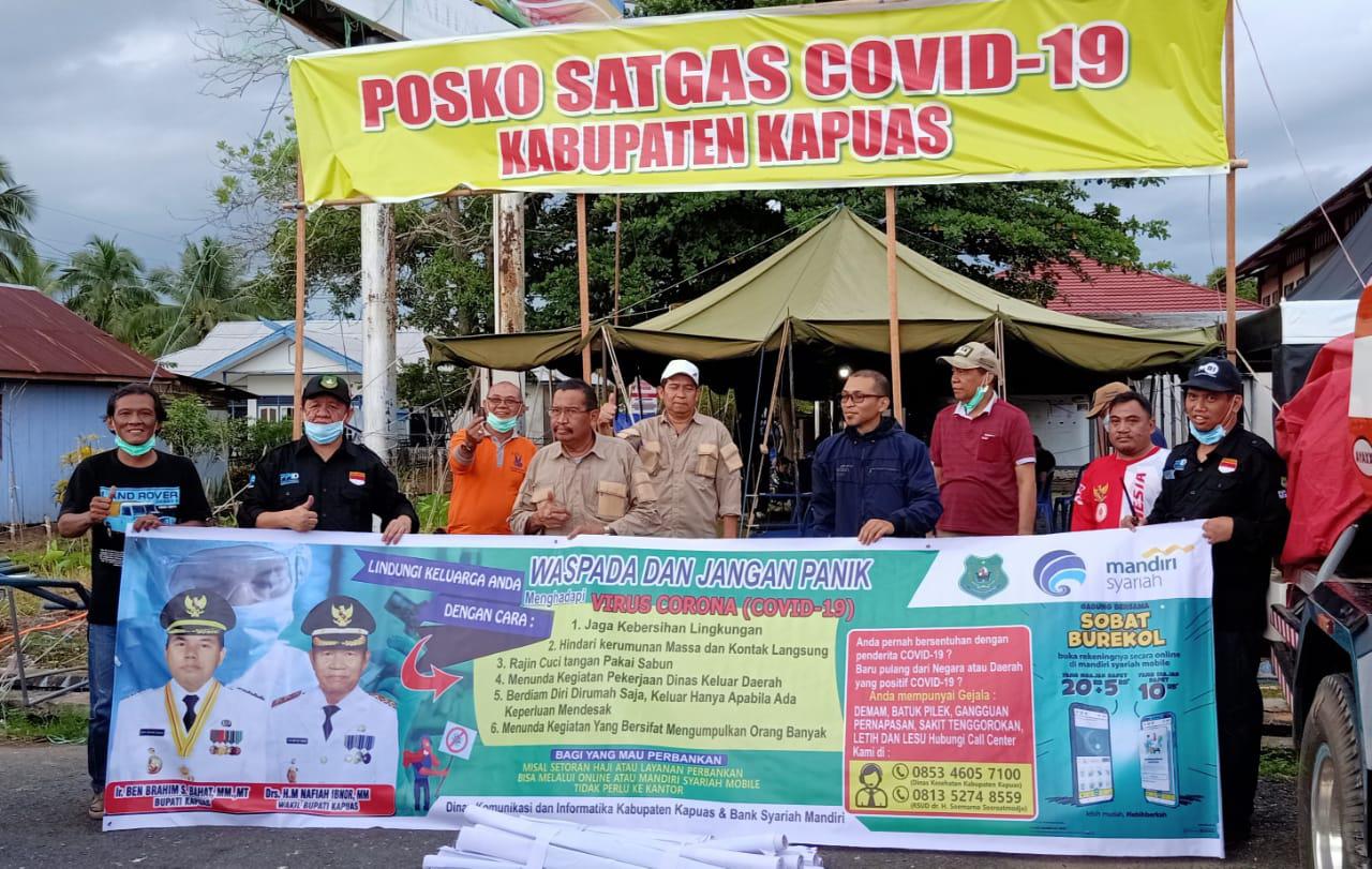 Satgas Covid-19 Kapuas Terima Spanduk Imbauan Antisipasi