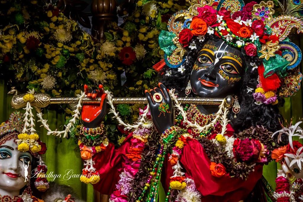 ISKCON Mayapur Deity Darshan 14 Jan 2017 (44)