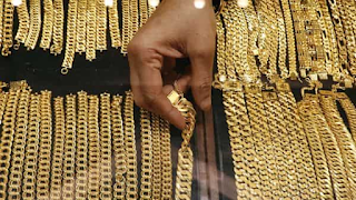 gold-prices-today-struggle-6200-