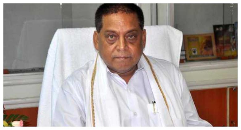 बंगराघाट पुल का एप्रोच पथ ध्वस्त होने पर गरमाई राजनीति, तेजस्वी के आरोपों पर बोले मंत्री नीरज कुमार-420 के आरोपी भ्रष्टाचार पर प्रवचन दे रहे हैं