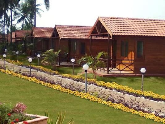 La Cabana Beach & Spa, Ashvem Beach , Ashvem Wada, Mandrem, Goa 403527, India