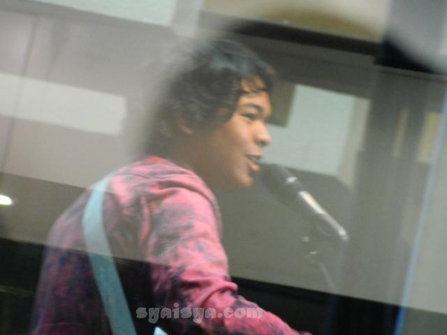 Aizat Sungai Lui Anugerah Juara Lagu ke-26 2011