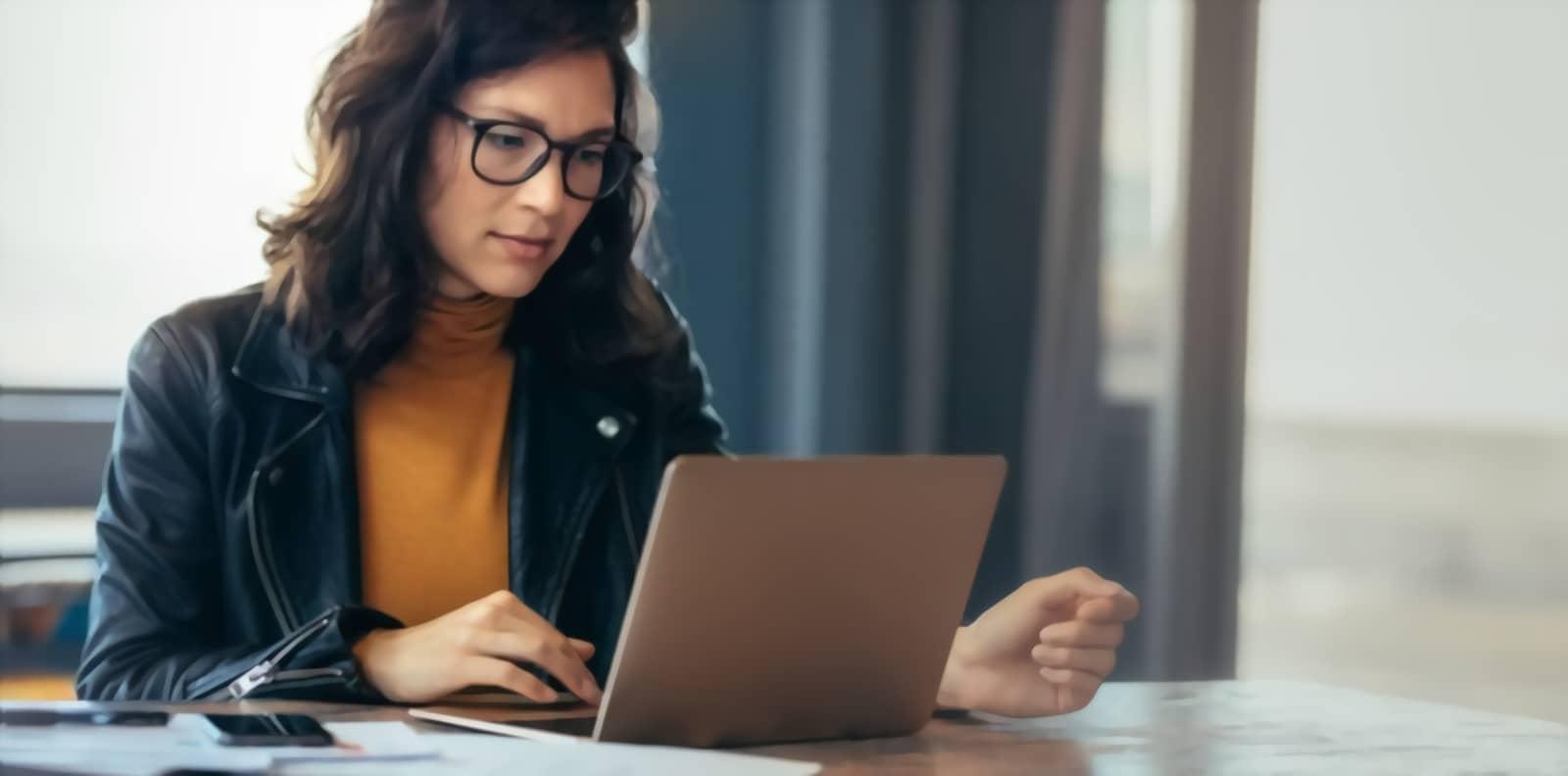 Comment attirer des clients en ligne pour son travail secondaire