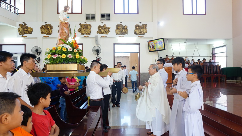 Giáo xứ Phú Hòa: Giáo Khu Thánh Giuse mừng bổn mạng