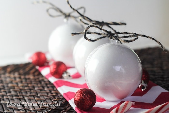 Christmas-ornament-bath-bombs-7