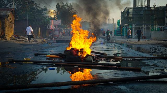 مظاهرات ثورة 30 يونيو وأسباب قيامها ودور الجبش المصرى