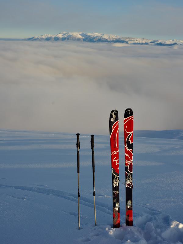 Noile perechi de schiuri, care ma cam indoiesc ca vor vedea la fel de multe ca Iki-urile pe care le-au inlocuit dupa 10 ani de zile de folosinta.