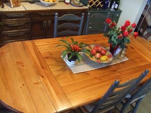 Table_refinish_UNCLEHANDY-1.JPG
