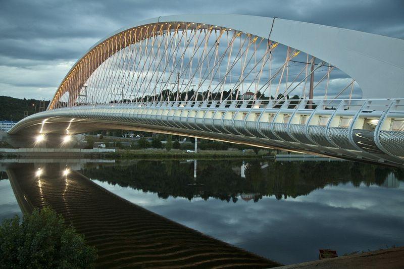 troja-bridge-2