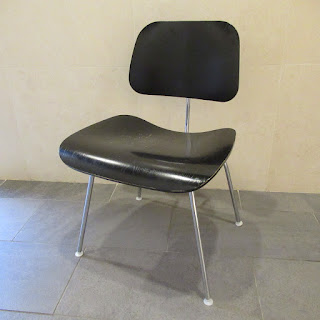 Herman Miller Eames Molded Plywood Chair