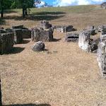 Kainua citta etrusca Tomba a cassa della necropoli est.jpg