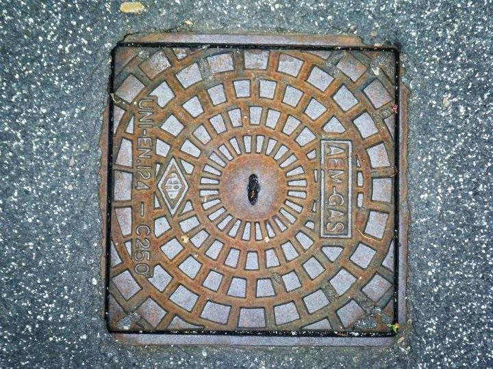 cerchio in quadrato di Tiz