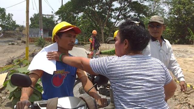 Rumah Terdampak Proyek Tol, Pasutri Hentikan Paksa Aktivitas Pekerja