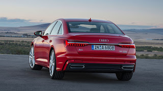 2019 Audi A6 launched with insane tech!