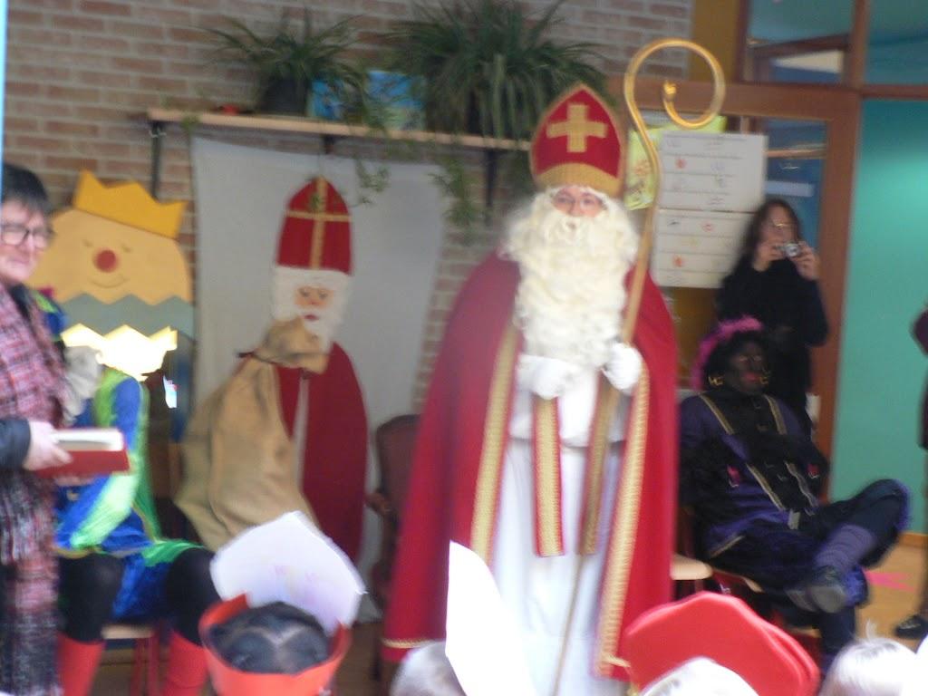 Sinterklaas op bezoek - P1270302.JPG
