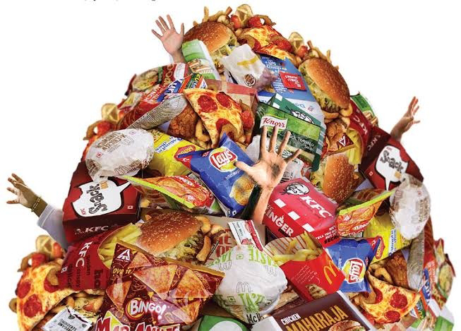 Vellore District Collector cautioned against sale of junk food inside school premises