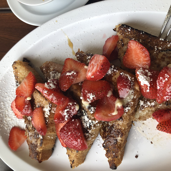 This was by far the Best French toast I have ever had anywhere with gluten but this is gluten free! Muffins were excellent also. And the staff was all very helpful and friendly, great experience.