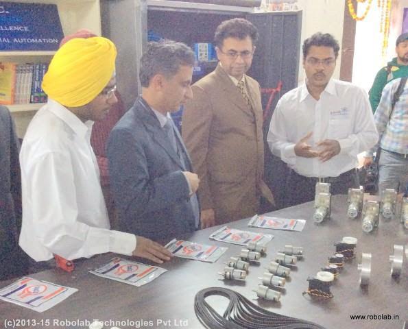 Amritsar College of Engineering and Technology, Amritsar Robolab (7).jpg
