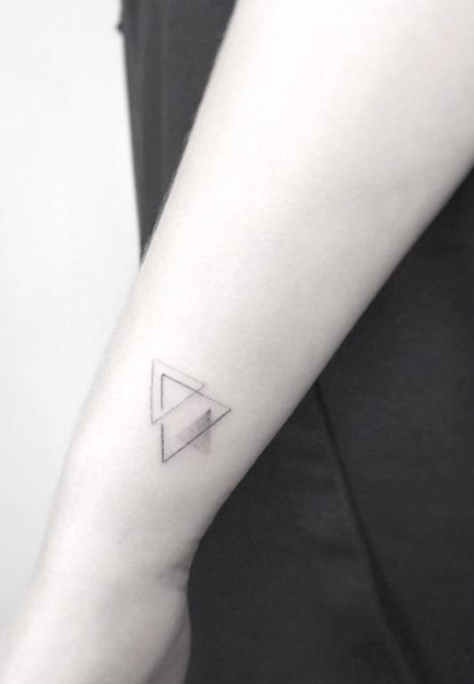 Este triângulo arranjo