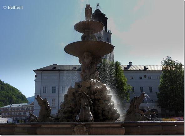 Residenzbrunnen 2