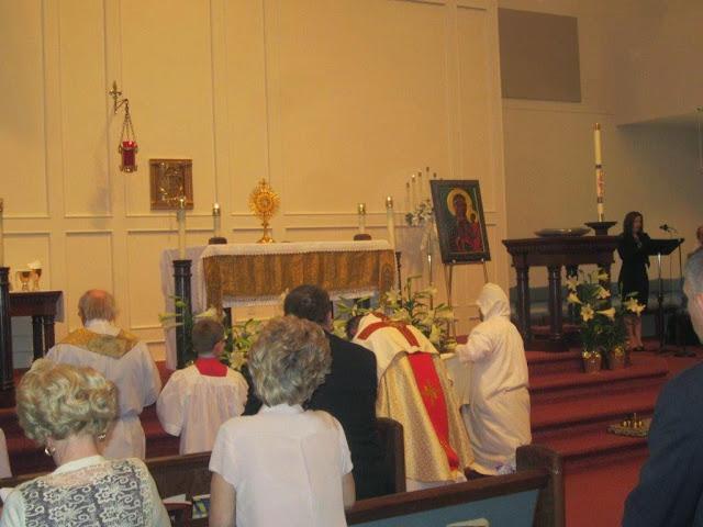 Easter Mass 4.20.14 - 021.jpg