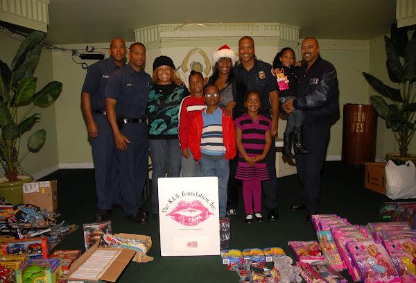 Holiday Archive - Firemen_%252C_Kiki_%2526_Kids._6..jpg