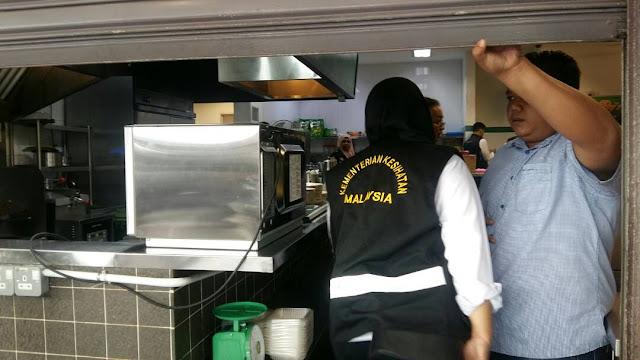 Dewan Bandaraya Kuala Lumpur (DBKL) dan Jabatan Kesihatan Wilayah Persekutuan Kuala Lumpur serbu restoran Raj's Banana Leaf Bangsar