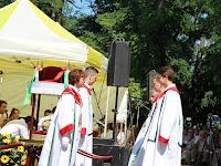 24 A Szent Korona Őrség őrségváltása a szentmisén.JPG